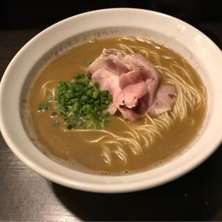 丿貫 - オマール海老そば。 税込900円。 美味し。