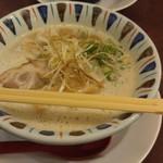 元喜神 - 鶏白湯らーめん700円也