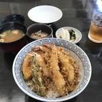 天布良 万喜 - 海老天丼:2,200円