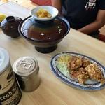 井手ちゃんぽん - 「カツ丼 830円」と「からあげ(4ヶ) 320円」