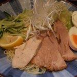 広島つけ麺 一 - 麺のお皿をアップで