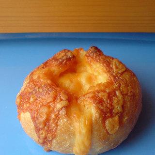 BAKERY SASA - 料理写真:チーズフランス(友人宅にて)