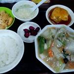 大阪王将 - 料理写真:八宝菜定食