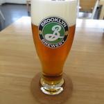 インダストリー - ドリンク写真:樽生ビール付きセット 1600円