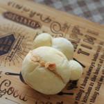 ブーランジェリー エス - 料理写真:肉球パン