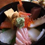 米寿司 - 海鮮丼も美味しかった。(^^)
