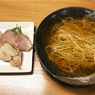 麺遊心 - 料理写真:鰹、鯖の出汁 極上魚出汁ラーメン