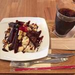 ベリー ベリー スープ - 料理写真:ガトーショコラ・マウンテン + アイスコーヒー
