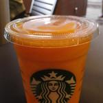 スターバックス・コーヒー - ドリンク写真:マンゴー パッション ティー フラペチーノTall