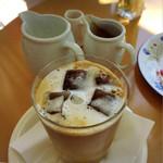 風の森 コスモポリタンカフェ - アイスカフェラテ