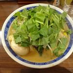 麺や 神笑 - 味噌らー麺+玉子 しょうが・ほうれん草・野菜多め