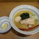 ラーメン カワタカ - 味玉ラーメン+ニンニク