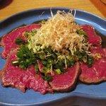 ステーキハウス源 - 牛ヒレ肉のたたき 1,100円