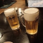 73124212 - ビールで乾杯