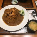 たつみ屋 - マウンテンチキンカツカレー1058円