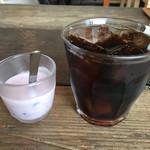 SO - アイスコーヒーとヨーグルト