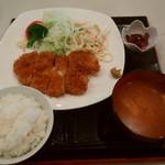 どりーむ - 料理写真:とんかつランチ 730円