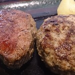 73135852 - ステーキとハンバーグ