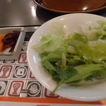 紅花別館 - サラダとお漬物