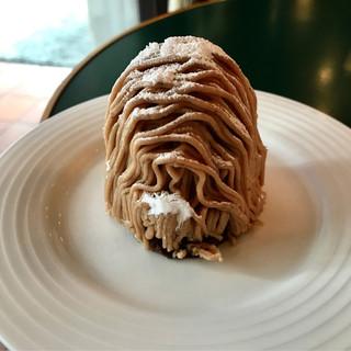 パティスリー・リヨン - 料理写真:和歌山市人気ナンバーワンの【リヨン】さんのモンブラン