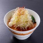 クリーミーTonkotsuラーメン 麺家神明 - クリーミー担々麺白髪ねぎタワー