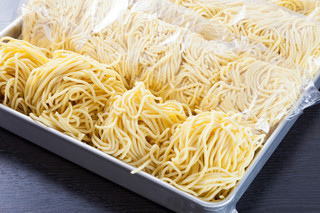 クリーミーTonkotsuラーメン 麺家神明 - 神奈川から毎日届く熟成麺
