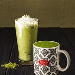 ブリオッシュ ドーレ - 「抹茶ラテ」(ホット/アイス) R: 430円 L: 480円 京都宇治の抹茶に和三盆糖とミルクを混ぜた、やさしい味わいの抹茶ラテです。