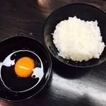麺劇場 玄瑛  - 玄瑛流卵かけごはん(380円)