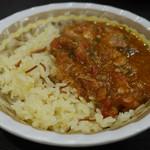 ミシュミシュ - 鶏肉とバーミヤのトマト煮込み