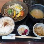 うおまん - 日替り定食950円込