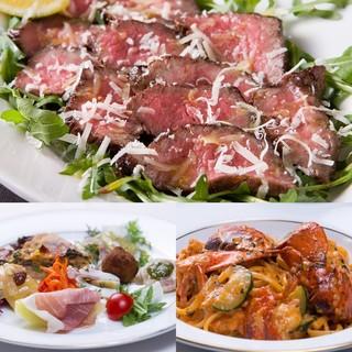 長浜魚市場の鮮魚や、シェフ厳選の九州産特選野菜、肉類
