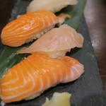 ステーキ&焼肉 食べ放題 300B ONE - 握り寿司 ズームアップ