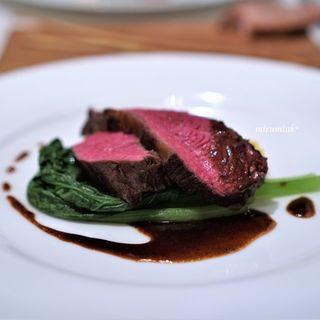 パッソ・ア・パッソ - 料理写真:岩手県 短角牛 もものロースト 赤ワインのソース