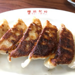 73181466 - 中華食堂っていえば餃子✨                       しっかりとしたお肉が入ってるのがイイね✌️