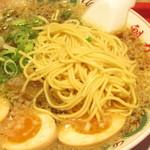 ラーメン魁力屋 - 細麺