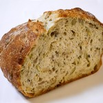 73185049 - Miscellaneous Grains Bread (half)<雑穀ブレッド>  400円