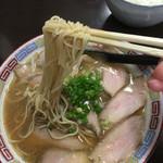 ドラゴンヌードル - 最近食べた中で1番細麺