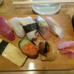 福寿司 - ランチ握り一人前800円