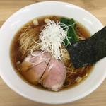 麺処 有彩 - 料理写真:「鶏だし醤油らぁめん」650円