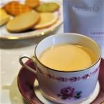 Maison romi-unie - ドリンク写真:ラベンダーの紅茶(自宅にて)