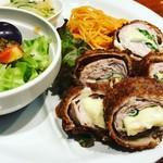 73192457 - 豚シソチーズフライは家庭料理風。