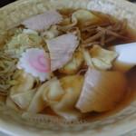東華 - わんたん麺