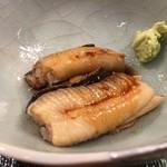 第三春美鮨 - 煮上がりの穴子 煮穴子 100g-150g 活〆 筒漁 千葉県富津