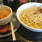 勢拉 - つけ麺 (熱盛、大盛、ネギ増)・極太黒メンマトッピング・辛さ増(¥20-)