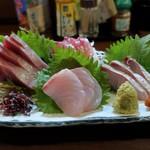 炭火焼 みや澤 - 鮮魚お造り盛り合わせ