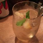 ワインの酒場。ディプント - ●桃のサンガリア●フルーティで美味しかったです。