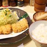 とん太 - 特ヒレかつ定食 2260円