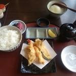 73207397 - 「天ぷら膳」のサラダと天ぷら第二段以外