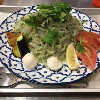 カオマンガイキッチン - 料理写真:期間限定 パクチー セン レック ヘン 2017.09.24まで