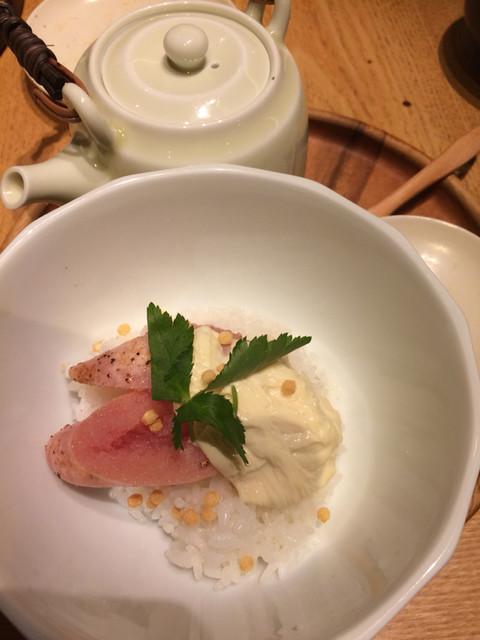 和食・酒 えん 品川ウィング高輪店 - 生湯葉と炙り明太子の出汁茶漬け